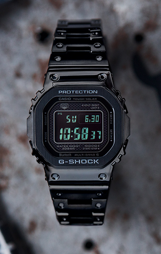 https://images.casiocdn.com/fit-in/368x500/casio-v2/resource/images/products/watches/related-images/GMWB5000GD-1-large-6.png